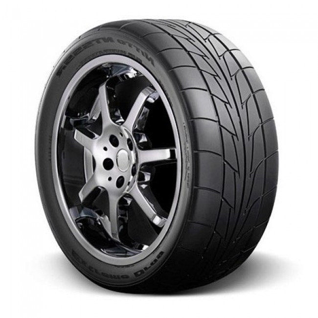 Nitto - NT555R - P245/50R16 96V BSW